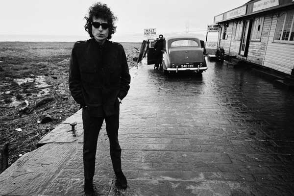 Bob Dylan lyrics to hit auction block