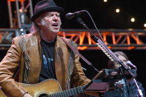 Neil Young cancels his New Zealand shows