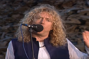 Robert Plant and Jimmy Page unique version of 'When the Levee Breaks'