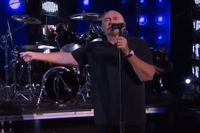 Phil Collins recreates Easy Lover with Broadway star