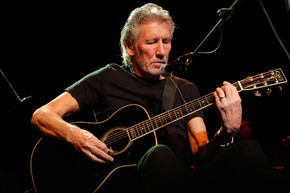 """Roger Waters ends 11 month break with first solo of """"One of These Days"""""""