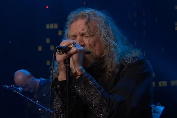 Robert Plant performs 'Black Dog' live at Austin City Limits