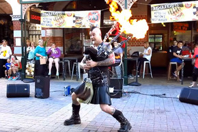 This bagpiper absolutely nails this ACDC Thunderstruck rendition